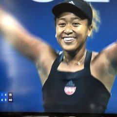 【テニス】全米OP大阪なおみ 日本女子史上初の決勝戦進出 観客席大興奮の全米快進撃
