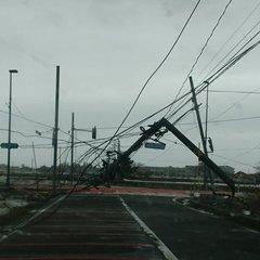 暴風】新潟市内の強風がヤバイ ...